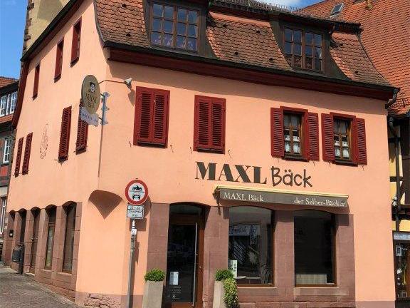 Referenzen Maxl Bäck von Maler FRANZ