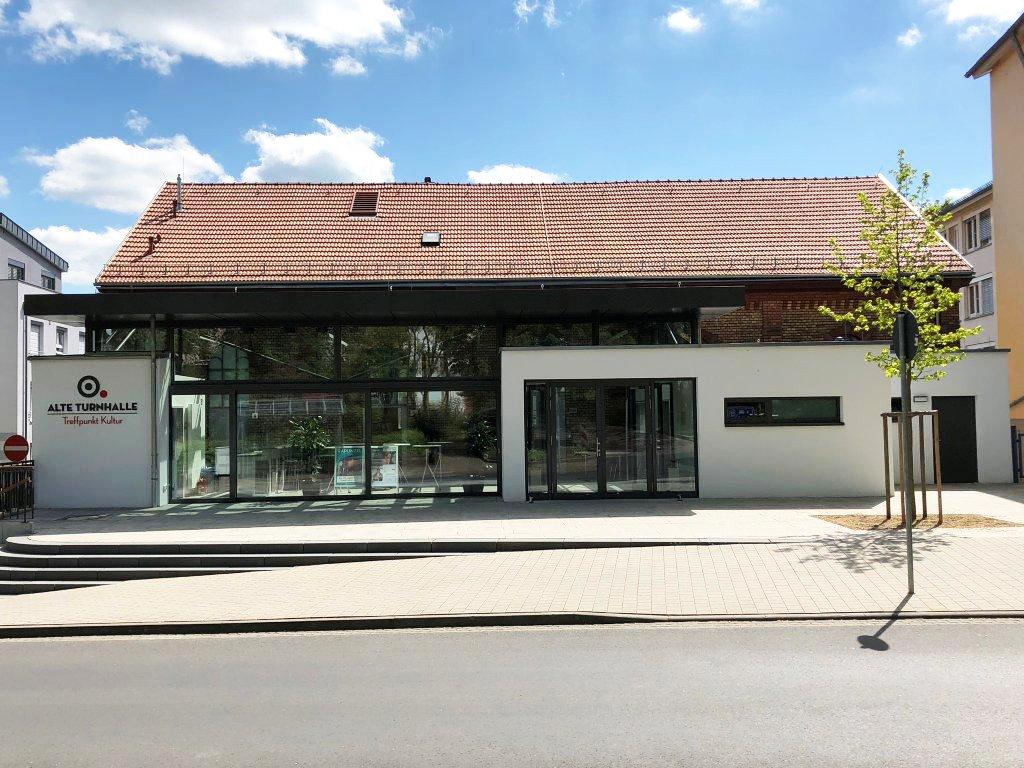 Referenzen Alte Turnhalle Treffpunkt Kultur von Maler FRANZ
